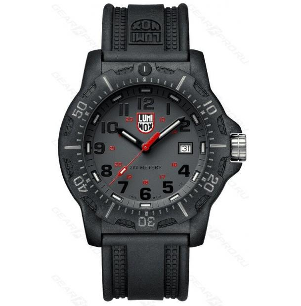 Часы Luminox Black OPS XL.8882
