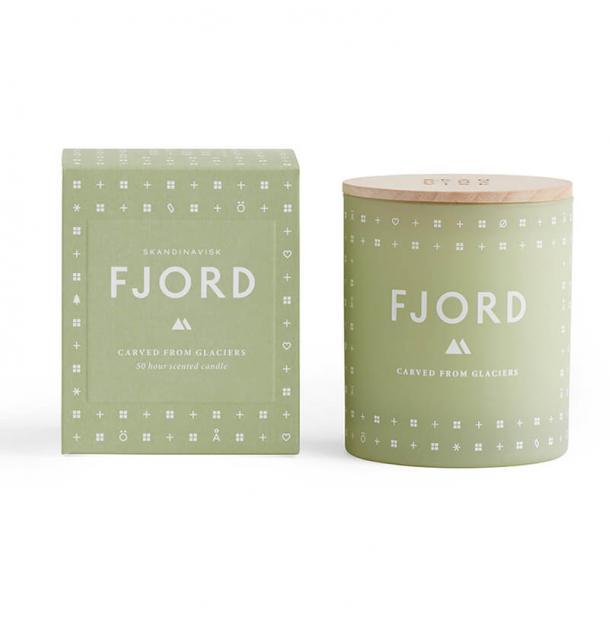 Свеча ароматическая Skandinavisk Fjord с крышкой 190g