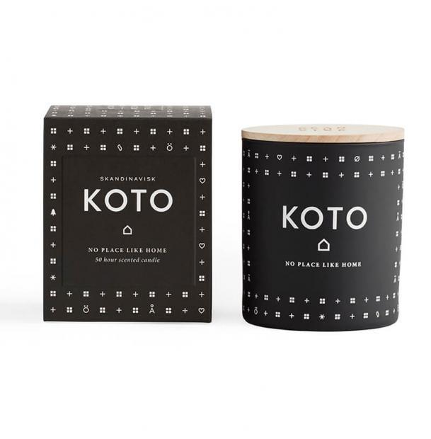 Свеча ароматическая Skandinavisk Koto с крышкой 190g