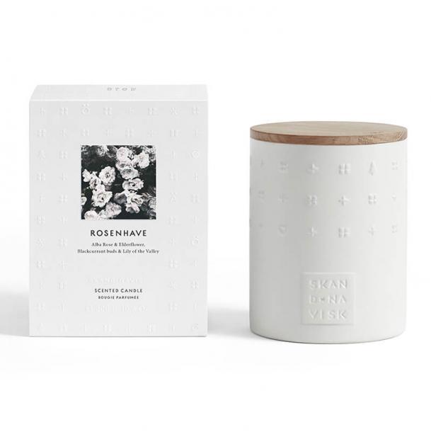 Свеча ароматическая Skandinavisk Rosenhave с крышкой керамика 300g
