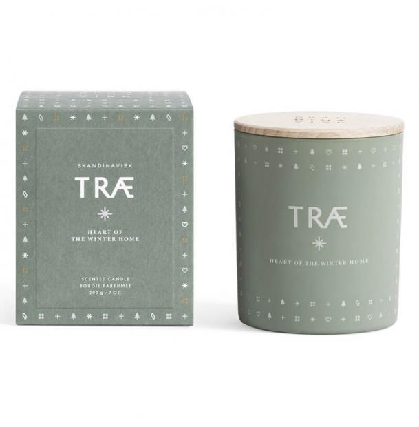 Свеча ароматическая Skandinavisk Trae с крышкой 200g
