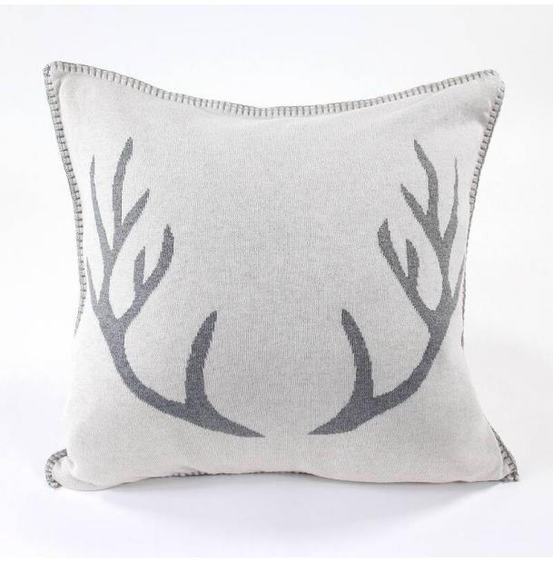 Подушка EnjoyMe с орнаментом Deer, 45х45 см